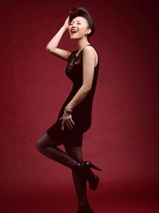 房程程黑色蕾丝包臀连衣裙秀人鱼身材