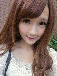 台湾人气美女陈怡君美照