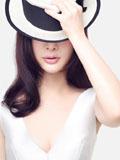 熊乃瑾时尚轻熟女写真 飘逸秀发唯美动人