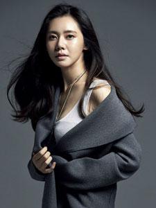 国民媳妇秋瓷炫时尚写真大片