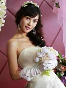 李菲儿唯美婚纱写真照
