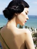 霍思燕海边妩媚写真 大尺度秀诱人身姿