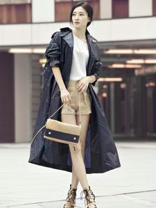 王丽坤时尚街拍 潮范儿十足
