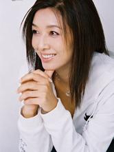 女星江珊早期艺术照青涩单纯