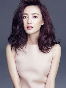 王丽坤成熟大方展女性之美