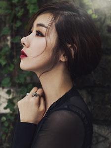 苏怡贤时尚写真大片 黑色透视衫性感火辣