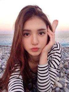 武汉大学新女神王维琳美貌不输樱花女神黄灿灿