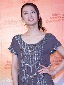 日本女星北川景子台湾秀迷人风采