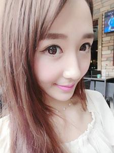 showgirl美女冯佳妮甜美可人自拍