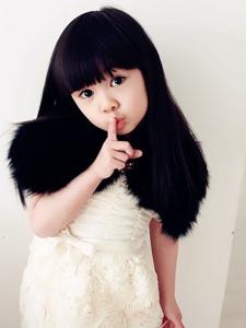大眼睛小女孩王翊菲迷人照
